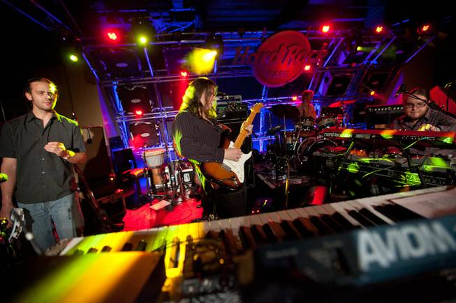 Las Vegas' Moksha opens for the Mickey Hart Band at ...
