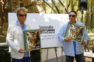 Siegfried Fischbacher and Roy Horn introduce the