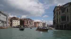 The boat ride into Venice.