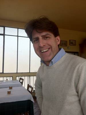 It's Hugh Grant! Wait, no, it's Bellavista Ristorante proprietor Mateo Becucci.
