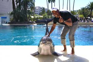 Sugar Ray Leonard at Siegfried & Roy's Secret Garden & Dolphin Habitat at the Mirage.