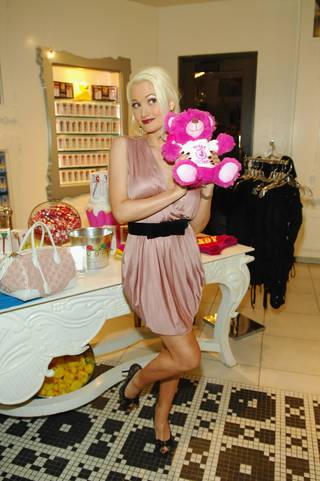Holly Madison shops at Sugar Factory American Brasserie in the Paris on Friday, May 25, 2012.