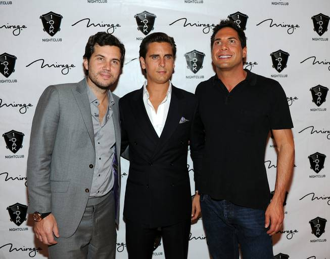 Scott Sartiano, Scott Disick and Joe Francis arrive at Disick's ...