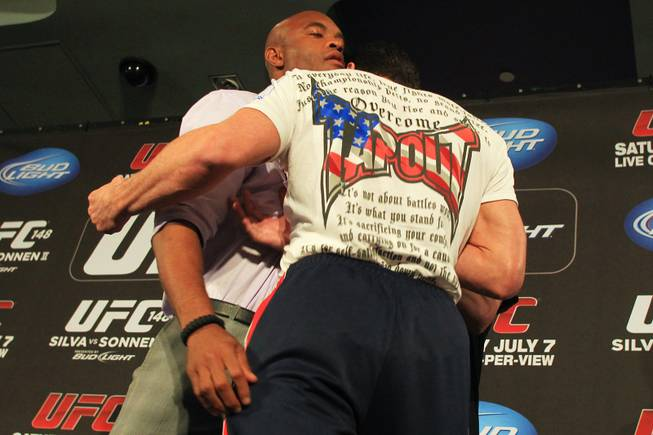 Las vegas betting odds ufc 148 trailer back and lay betting terms mean