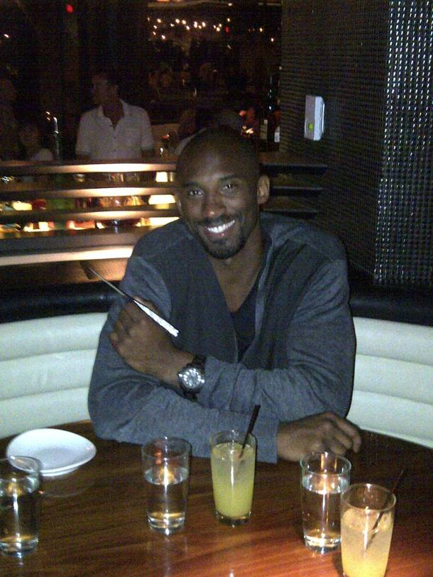 Kobe Bryant with the diamond-encrusted pink sapphire steak knife at STK in the Cosmopolitan of Las Vegas.