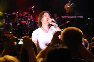 Rick Springfield performs at Eastside Cannery on Friday, Aug. 17, 2012.