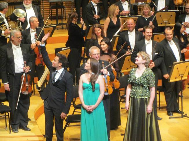 Kristi Holden, center, with the California Philharmonic.