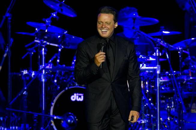 Mexican singer Luis Miguel performs during a concert in Rio de Janeiro, Brazil, on Sunday, March 11, 2012.