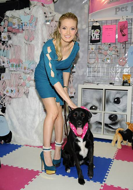 Holly Madison's second day at the SuperZoo convention for her ...