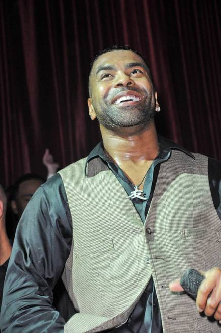 Ginuwine celebrates his 42nd birthday at LAX in the Luxor ...