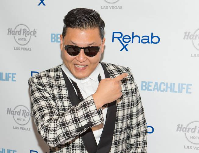 Psy hosts and performs at the season-closing party of Rehab ...