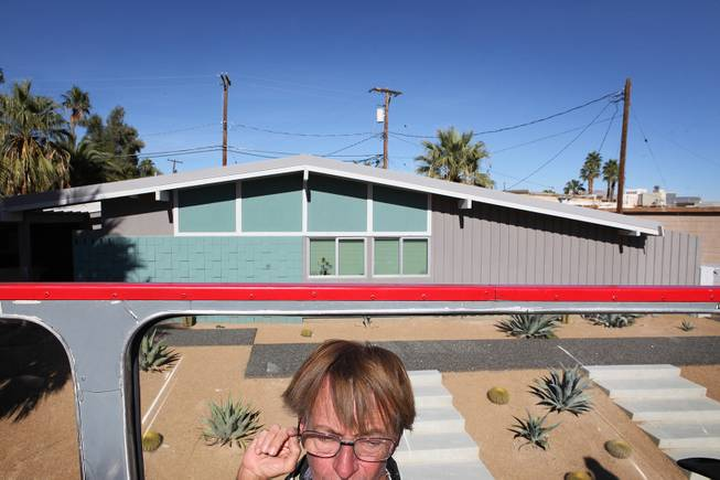 Michael Coy enjoys a midcentury modern bus tour of homes in Las Vegas on Sunday, October 28, 2012.