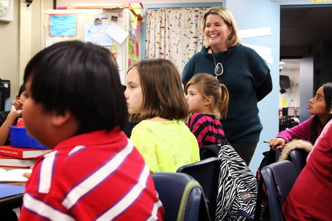 Manda Kristof teaches a fifth grade writing class at Ferron Elementary School in Las Vegas on Wednesday, October 31, 2012.