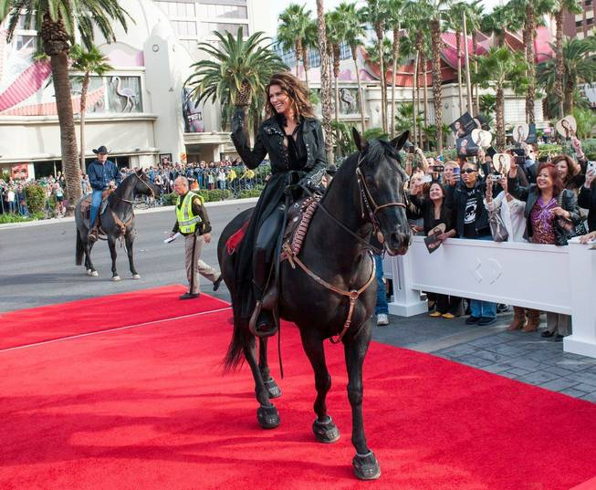 Shania Twain arrives horseback at Caesars Palace on Wednesday, Nov. ...