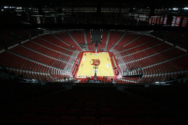 The Thomas & Mack is empty after the UNLV vs Hawaii men's basketball game, Dec. 1, 2012.
