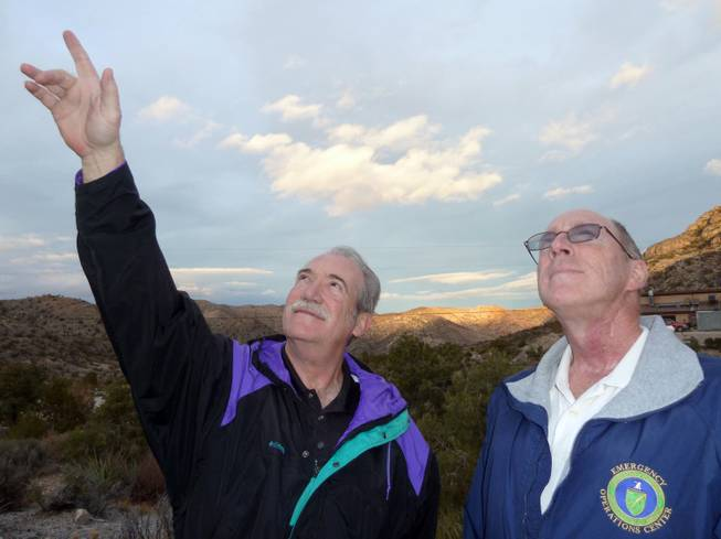 Rob Lambert, left, and Jim Gianoulakis of the Las Vegas Astronomical Society hope that an observatory will attract new fans to stargazing