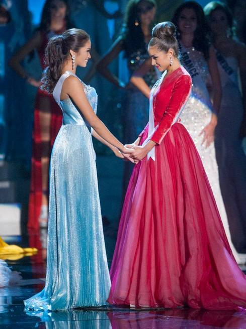 2012 Miss USA Olivia Culpo is crowned 2012 Miss Universe ...