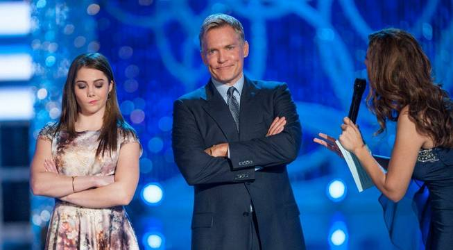 2013 Miss America Pageant judges McKayla Maroney and Sam Champion ...