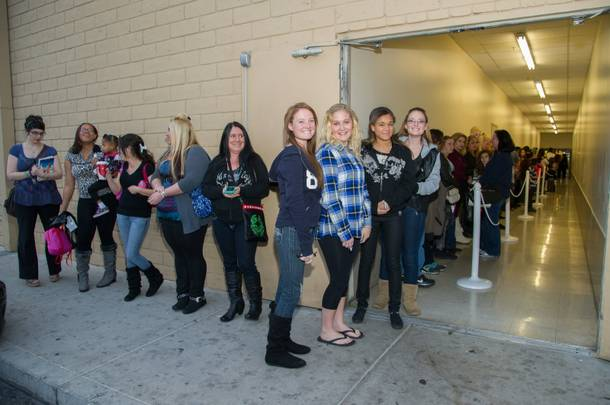 Fans wait in line for Nicole