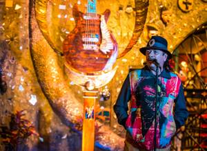 Dale Evers Sculpture Unveiled for Santana, HOB