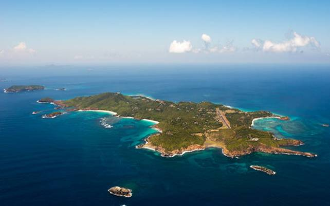 Mustique Airport, St Vincent & The Grenadines