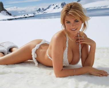 "Curvaceous cover girl Kate Upton will not be posing in body paint on ""The Late Show With David Letterman"" tonight on CBS or when she arrives ..."