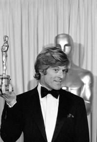 "Robert Redford hold his best direction Oscar for ""Ordinary People"" at the 53rd annual Academy Awards, March 31, 1981. The movie marks his directorial debut. He was 44 at the time of his win."