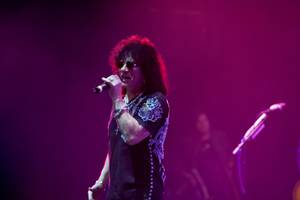 "Paul Shortino performs with other band members during song rehearsal for ""Raiding the Rock Vault"" in the LVH Theater at LVH on Wednesday."