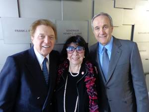 Steve Lawrence, Eydie Gorme and Larry Ruvo at the Honor Wall at the Cleveland Clinic Lou Ruvo Center for Brain Health on Wednesday, March 13, 2013.