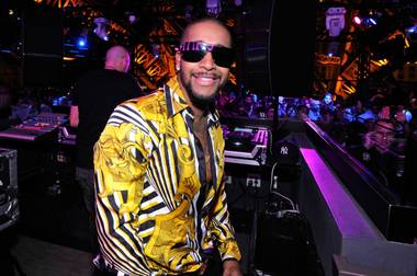 Handsome R&B singer Omarion hosted and performed on the rooftop of Chateau Nightclub & Gardens at Paris Las Vegas. The former ...