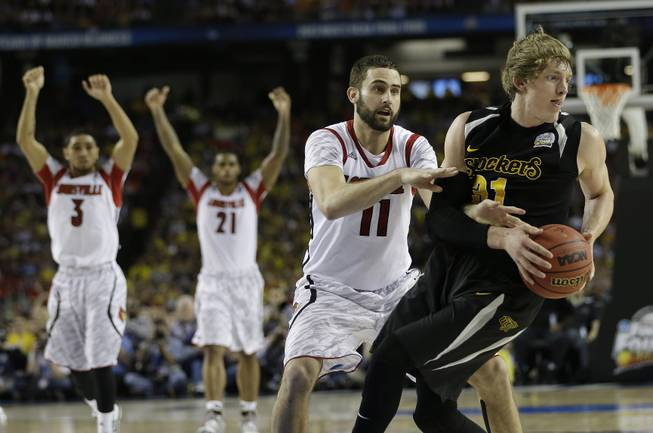 Vegas oddsmakers scathe seeding of this year's NCAA Tournament
