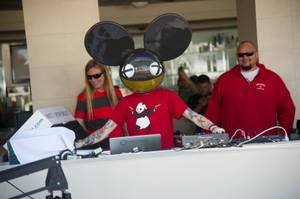 Deadmau5 Opens 2013 Season of Wet Republic