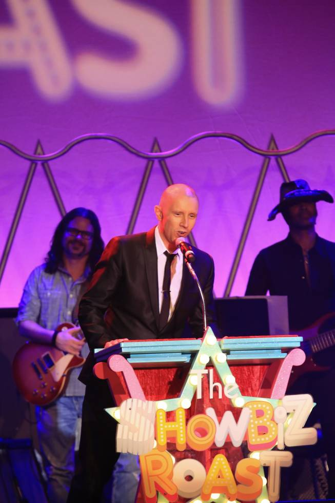 "Producer Andy Walmsley thanks the packed house at ""The Showbiz Roast"" at the Stratosphere."