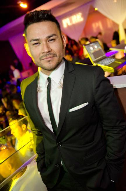 Frankie J celebrates Cinco de Mayo at Pure in Caesars ...