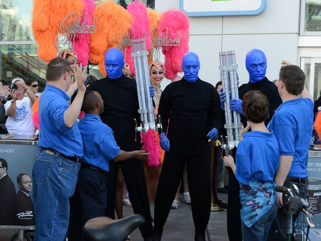 Blue Man Group and Opportunity Village clients attend Penn Jillette's ...