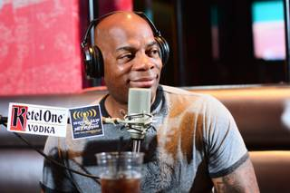 Alonzo Bodden being interviewed on the internet show On Air With Robert & CC, Friday, May 17, 2013 at PBR at Miracle Mile Shops.