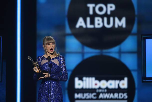 Singer Taylor Swift accepts the award for 'Top Billboard 200 Album'  during the 2013 Billboard Music Awards at the MGM Grand Garden Arena Sunday, May 19, 2013.