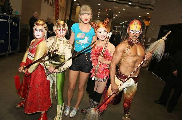 Taylor Swift and cast members of