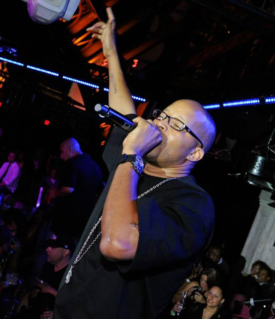 Warren G hosts and performs at Chateau Nightclub in Paris ...