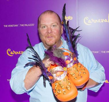 It's a tough 60-day deadline that star chef Mario Batali faces for his new B&B Burger & Beer restaurant at The Venetian. If he gets his fourth restaurant ...