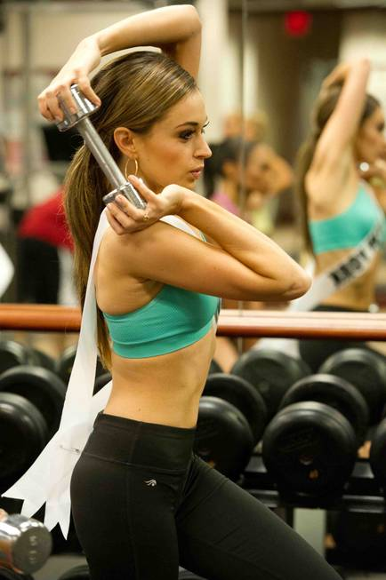 Miss New York USA 2013, Joanne Nosuchinsky, works out at ...