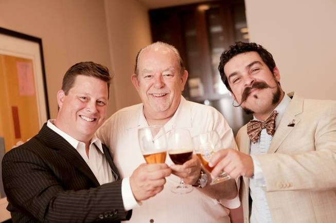 Robin Leach is flanked by beer cicerones Samuel Merritt and Russell Gardner.