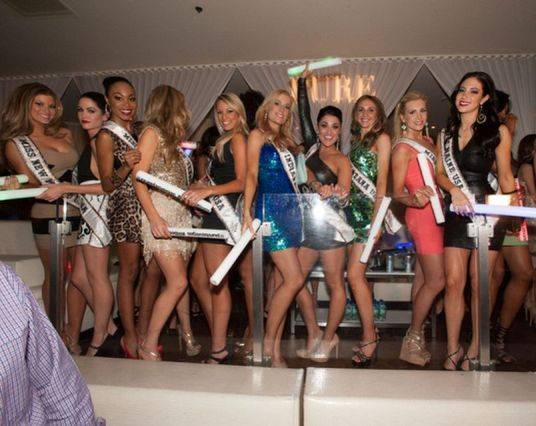 2013 Miss USA Pageant contestants at Pure in Caesars Palace ...
