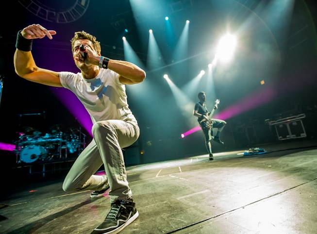 311 performs at the Joint in the Hard Rock Hotel ...