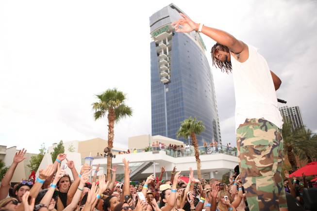 Lupe Fiasco hosts and performs at Ditch Fridays at Palms ...