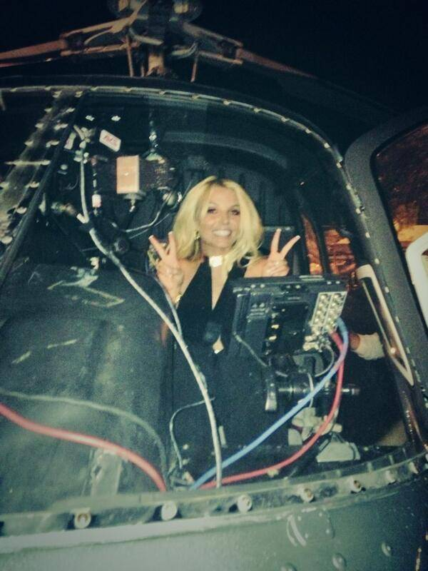 Britney Spears prepares to fly via helicopter to Jean, south of Las Vegas, on Tuesday, Sept. 17, 2013.