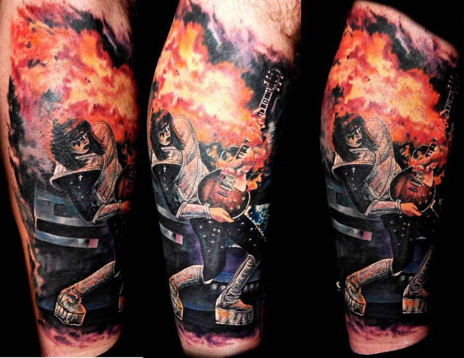 Las Vegas Tattoo Artist Joey Hamilton - Las Vegas Weekly