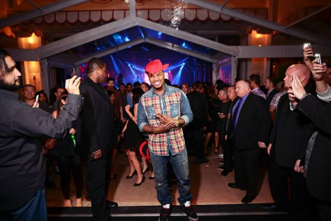 Ne-Yo celebrates his 31st birthday at Andrea's and Surrender on ...