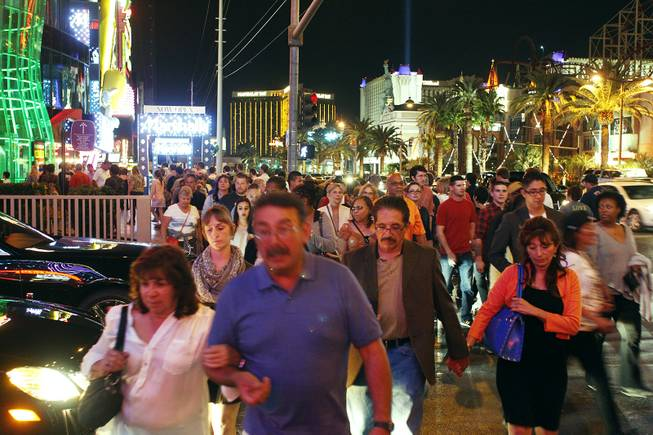 Pedestrian Congestion on the Strip