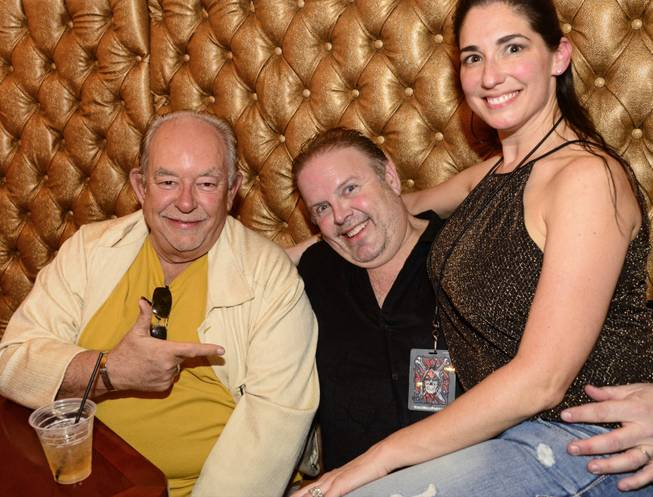 Robin Leach, left, at Vince Neil's Tatuado, Eat, Drink, Party ...